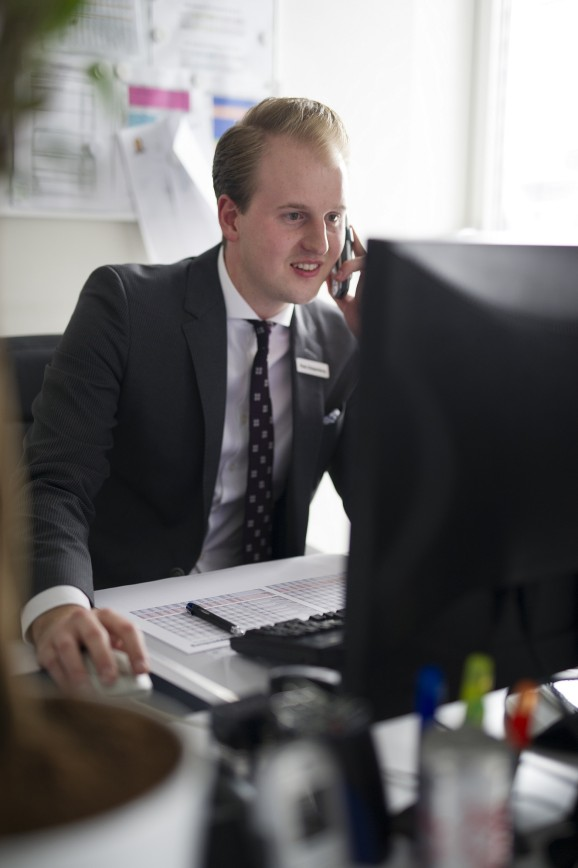 Stefan_Janssen im Büro